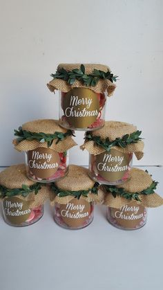 Christmas Treats For Gifts, Disney Christmas Decorations, Teacher Christmas Gifts, Easy Christmas Crafts, Handmade Christmas Gifts, Simple Christmas, Christmas Hamper, Christmas Jars, Christmas Cookies Packaging