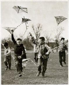 Boys flying kites at Fairgrounds Park, 6 March 1950. Missouri History Museum