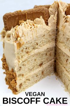 Vegan Lotus Biscoff Cake 3 Layers of vegan Biscoff sponge cakes topped and filled with Biscoff buttercream. Perfect for parties, birthdays or as an afternoon sweet treat. Healthy Vegan Dessert, Vegan Dessert Recipes, Vegan Treats, Vegan Foods, Baking Recipes, Best Vegan Desserts, Vegetarian Cake, Delicious Cake Recipes, Vegetarian Recipes