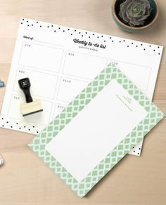 Organization is easy when you've got pretty things to write on! Expressionery has exactly what you need to get beautifully organized. #expressionery #beautifullyorganized #organization