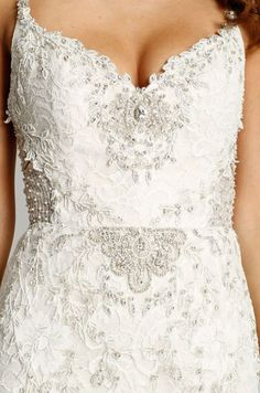 Style 9560  Detail View