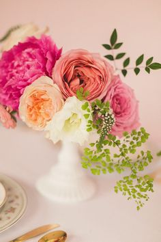 Garden roses and peonies | Photo by N. Barrett Photography | Floral design by Bows and Arrows