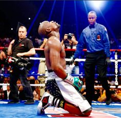 """And that's that. Floyd """"Money"""" Maweather 49-0"""
