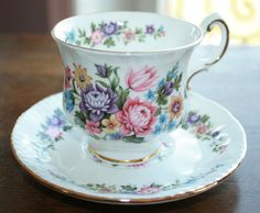 Royal Standard  vintage teacup and saucer  wild door HomiArticles