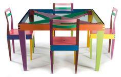 Massimo Morozzi (né en 1941) pour Giorgetti, Matrix table de salle à manger et ses quatre chaises, 1988.