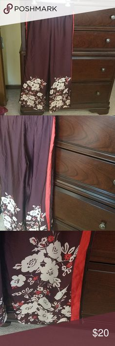 Aerie wide leg floral sleep pants size medium I love love love these but unfortunately are not my size.  These are from Aerie and can be worn as lounge pants or sleep wear.  The bottom of the pants open to shoe more of a flare or wide leg look.  The floral pattern is at the bottom.  No holes or stains and comes from a smoke free home. aerie Intimates & Sleepwear Pajamas