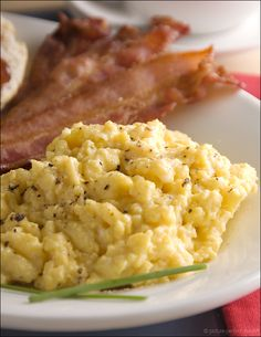 Prep School: How to Make Perfect Scrambled Eggs