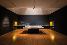 The National Museum of Contemporary Art in Korea has documented the life and work of architect Chung Guyon in this special exhibition. Exhibition Booth Design, Exhibition Display, Exhibition Space, Museum Exhibition, Exhibit Design, Art Museum, Stand Design, Display Design, Exibition Design