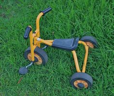 GENUINE RABO USA TRICYCLE PEDAL TRIKE BIKE TOY KIDS SOLID YELLOW DAYCARE RP$250+ #RABO