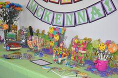 A very hippie birthday display