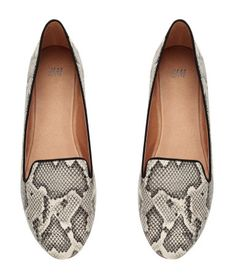 Black & white snakeskin pattern loafers. | H&M Shoes