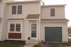 7848 Malton Ln 14f, Worthington, OH 43085. 3 bed, 1.5 bath, $109,000. Condo is an estate s...