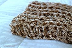 Arm Knitting Tutorial: DIY Arm Knitting a Blanket Finger Crochet, Finger Knitting, Loom Knitting, Hand Knitting, Knitting Patterns, Knitting Ideas, Crochet Patterns, Yarn Projects, Diy Craft Projects