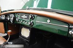 1964 MG MGB - Classic Car Liquidators