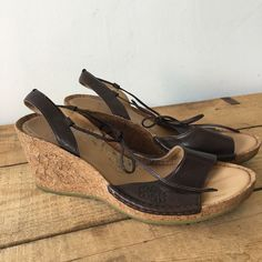 d0ecbd423119 UK SIZE 7 WOMENS CLARKS BROWN LEATHER CORK WEDGE SANDALS  Clarks  Wedges   Casual