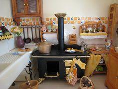 My doll house - Kitchen´s old oven - Mi casita de muñecas - Horno antiguo