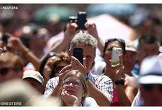 Pe Spadaro: Papa nos ajuda a viver a proximidade também nas redes sociais