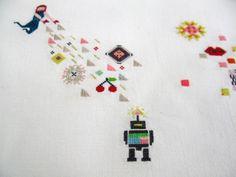Embroidery : Ana Botezatu