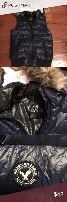 American Eagle vest with removable hoodie :) soft American Eagle navy blue puffer vest with removable hoodie :) soft and NEW American Eagle Outfitters Jackets & Coats Vests