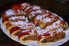 Orechovník   Bonviváni Czech Recipes, Russian Recipes, Ethnic Recipes, Snack Recipes, Cooking Recipes, Snacks, Baked Goods, Good Food, Treats