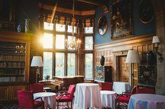Ein historisches und romantisches Grandhotel für Genießer, Verliebte und Feinschmecker Dieses geschichtsträchtige Haus umgibt eine ganz besondere Aura. Residieren ineinemprunkvollen Schloss, schl…