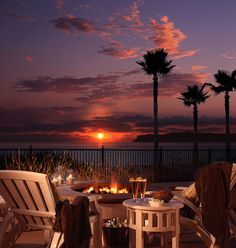 Beach Village at the Del - Hotel Del Coronado, San Diego Coronado Beach, Coronado Island, Hotel Del Coronado, Cottage Patio, Porches, Beach Village, Village Hotel, San Diego Beach, Jolie Photo