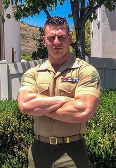Sexy Military Men, Army Men, Hot Cops, Men In Uniform, Beautiful Men Faces, Big Men, Modern Man, Muscle Men, Bearded Men