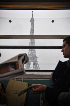 Paris metro portrait by Matutino.net, via Flickr.