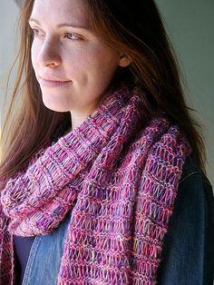 Transfix Shawl By Berroco Design Team - Free Knitted Pattern - (ravelry)