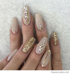 nude-nails-with-glitter-and-diamonds-on-gold