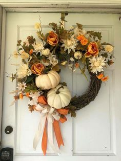 25 The Latest Fall Decoration to Copy Right NowYou can find Fall wreaths and more on our The Latest Fall Decoration to Copy Right Now Rustic Thanksgiving, Thanksgiving Wreaths, Holiday Wreaths, Autumn Wreaths For Front Door, Halloween Wreaths, Thanksgiving Games, Thanksgiving Decorations, Autumn Decorating, Decorating Ideas