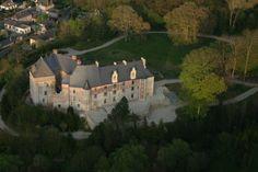 http://www.chateau-fort-manoir-chateau.eu/chateau-de-valmont-76_a.jpg