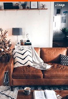 Braunes Ledersofa Wohnzimmer Wohnzimmer Braunes Ledersofa Wohnzimmer – Dies … - Best Home Project Home Living Room, Apartment Living, Living Room Designs, Living Spaces, Cozy Apartment, Studio Apartment, Sofa Design, Design Room, Deco Design