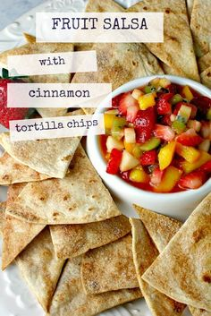Fruit Salsa with Cinnamon Tortilla Chips - Life, Love, and Good Food Pizza Appetizers, Appetizer Recipes, Snack Recipes, Cooking Recipes, Appetizer Ideas, Cooking Tools, Dip Recipes, Yummy Recipes, Recipies