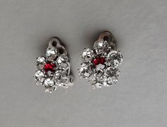 Vintage 70s red & clear glass diamante clip on by Opisjewellery
