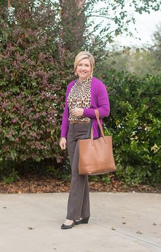 9 to 5 Style- leopard print - Outfits for Work Fall Office Outfits, Office Outfits Women, Office Fashion Women, Work Fashion, Fashion Outfits, Fashion Trends, Fashion Fashion, Business Casual Dress Code, Business Attire