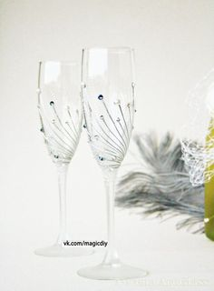 19 painted wine glass ideas to try this season do it yourself wedding glasses champagne glasses toasting by nevenaartglass solutioingenieria Image collections