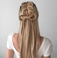 Braided hairstyles make space for creativity. There are several interesting braiding techniques to display every head unique.
