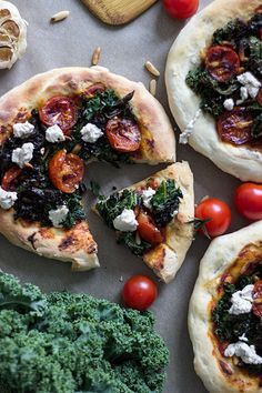 Crispy Kale and Cherry Tomatoes Mini Pizzas with Vegan Dill Cheese