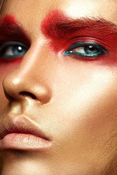 Dyeing to book some high fashion work!! darrya holodnyh. Red + green eyes.