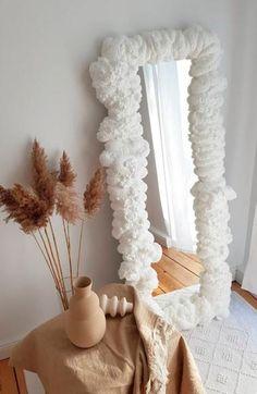 Diy Home Crafts, Diy Home Decor, Instagram Deco, Aesthetic Room Decor, My New Room, Shabby Chic Furniture, Home Decor Inspiration, Bedroom Decor, Mirror Art