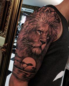 Tatouage Tête de Lion + Savane sur l'épaule Tattoo Lion head + Savannah on the shoulder Lion Shoulder Tattoo, Lion Arm Tattoo, Lion Forearm Tattoos, Lion Tattoo Sleeves, Lion Head Tattoos, Mens Lion Tattoo, Leo Tattoos, Tribal Sleeve Tattoos, Best Sleeve Tattoos