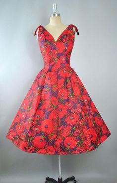 b4e093b8fdb Vintage 50s SUZY PERETTE Dress   1950s Silk Sundress Red