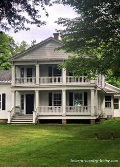 Older and Elegant White Farmhouse on Lake Michigan White Farmhouse, Modern Farmhouse Style, Plantation Style Homes, Brown House, Lake Cabins, Town And Country, Lake Michigan, Historic Homes, Walking Tour