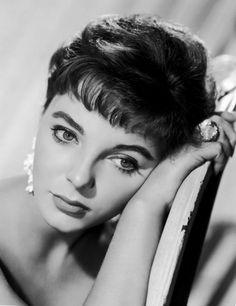 theniftyfifties:  Joan Collins