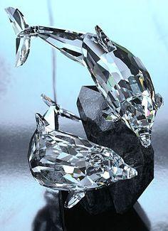 I've always had an obsession for crystal figurines . Swarovski Crystal Figurines, Swarovski Crystals, Cut Glass, Glass Art, Crystal Kingdom, Dolphin Art, Dolphin Jewelry, Glass Figurines, Glass Animals