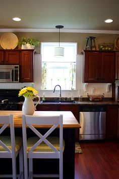 Pretty. Practical kitchen. Love this lady's blog. Thrifty Decor Chick