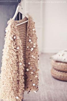 Love this cozy looking gold #cardigan!  From http://lebutiksofie.blogspot.com/2013/12/villa-smilla-golden-fashion-bulky-und.html