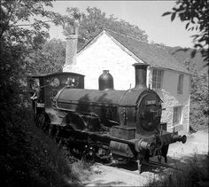 Railways2 Southern Trains, Well Tank, Heritage Railway, Old Wagons, Diesel, Abandoned Train, Southern Railways, Steam Railway, British Rail
