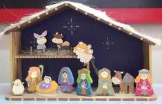 Pesebres tomados de la web :: RT Decoraciones y algo más... Pintura Country, Nativity, Gingerbread, Cake Decorating, Diy And Crafts, Christmas Ornaments, Holiday Decor, Home Decor, Kids Activity Ideas